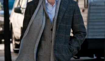 Drape how to wear a scarf men 345x200 Mens Guide on How to Wear a Scarf: 8 Rules and 9 Styles