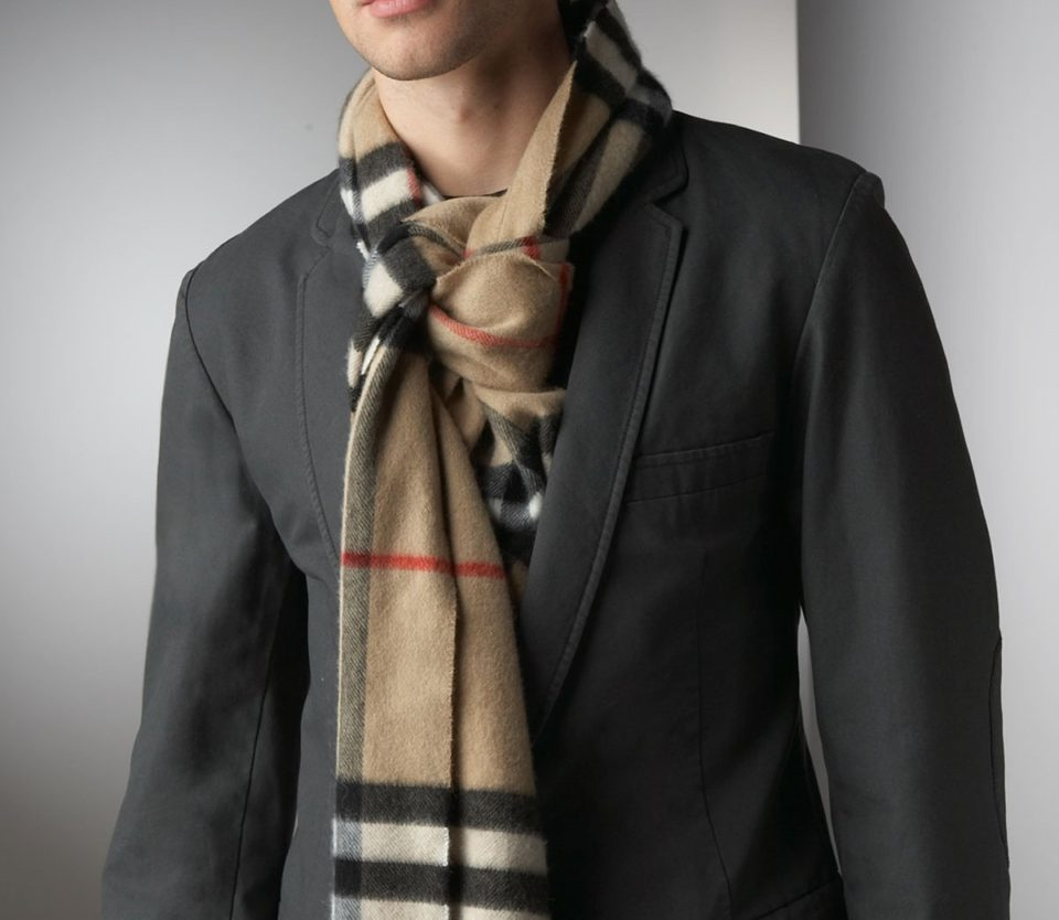 Men's Guide on How to Wear a Scarf: 8 Rules and 9 Styles