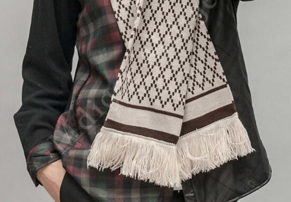 Fringe – how to wear a scarf men