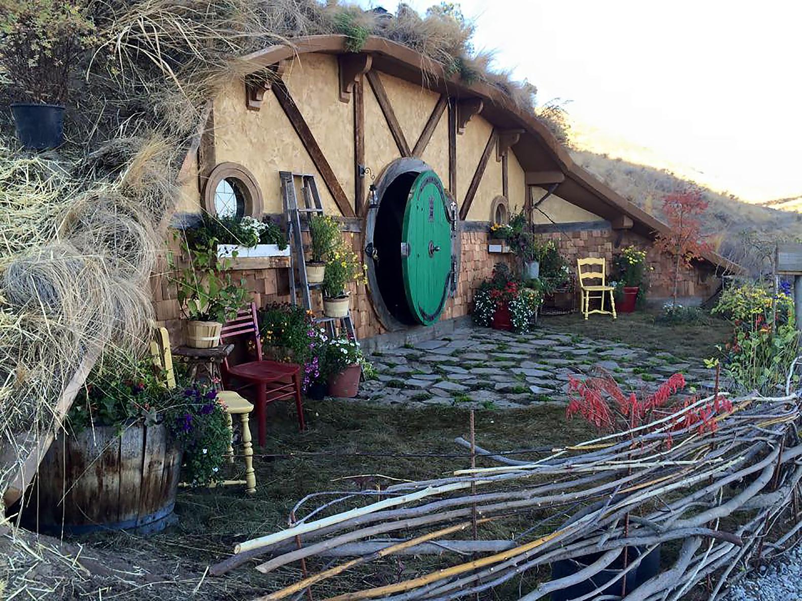 Hawaiian Hobbit Hole Home