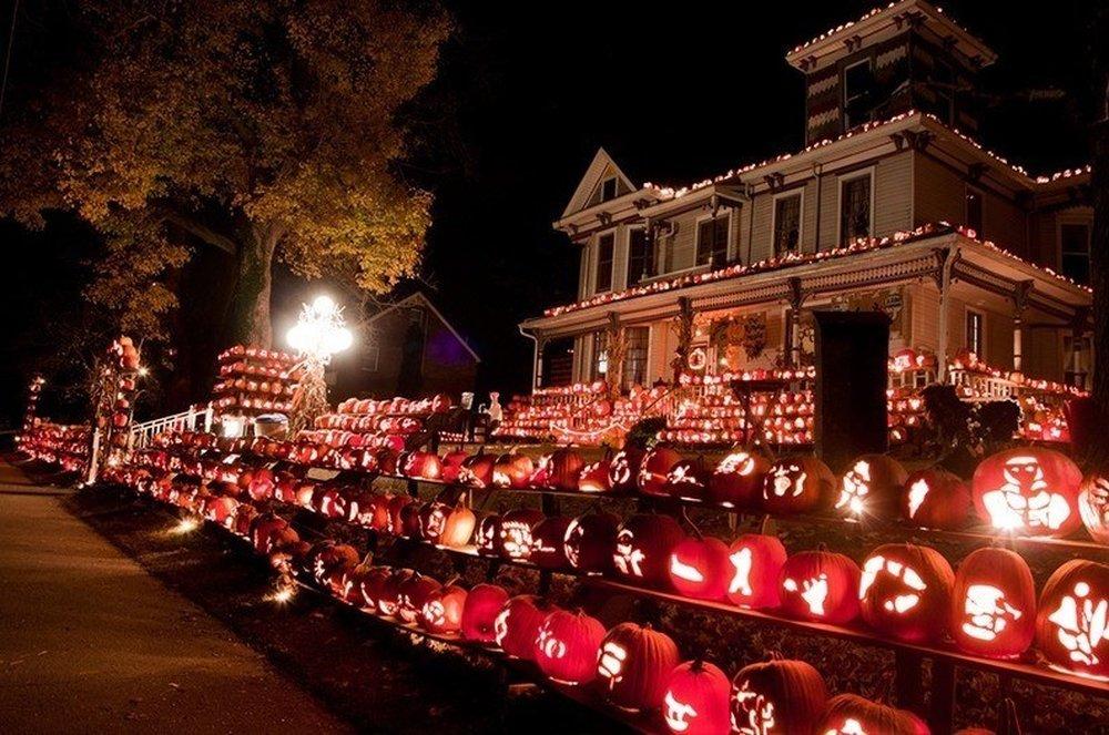 Jack of All Lanterns – halloween decorations