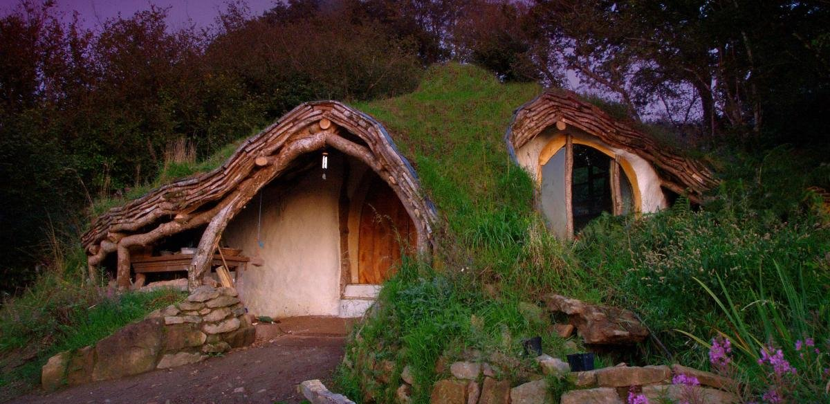 Simon Dale's Hobbit Home