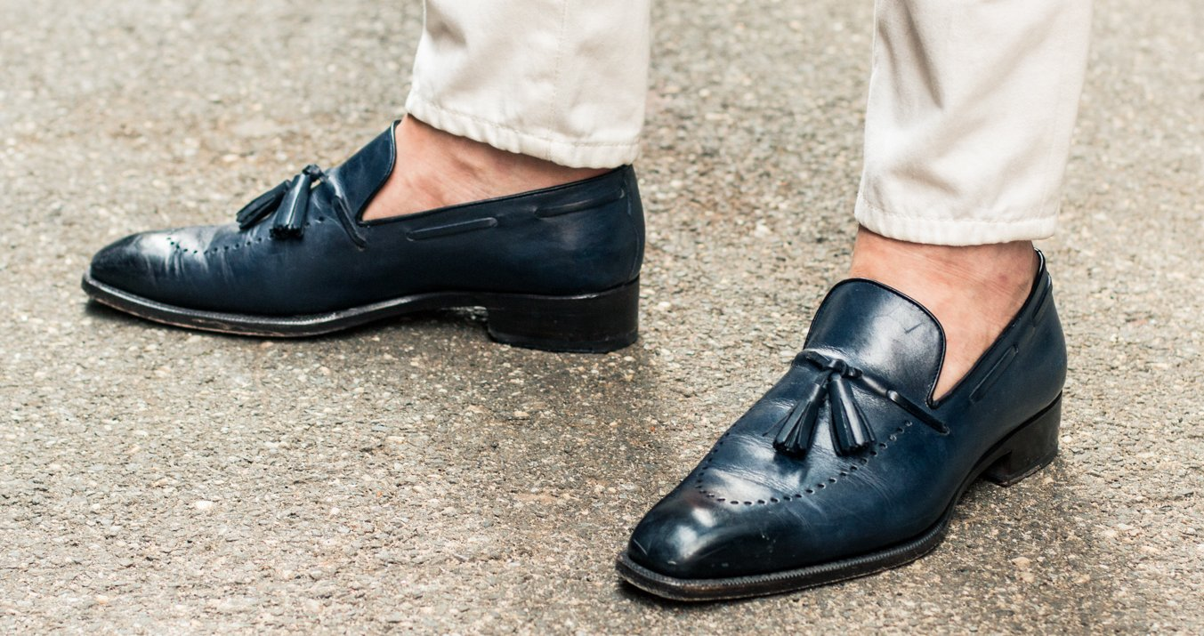 Sockless – dress shoes with jeans