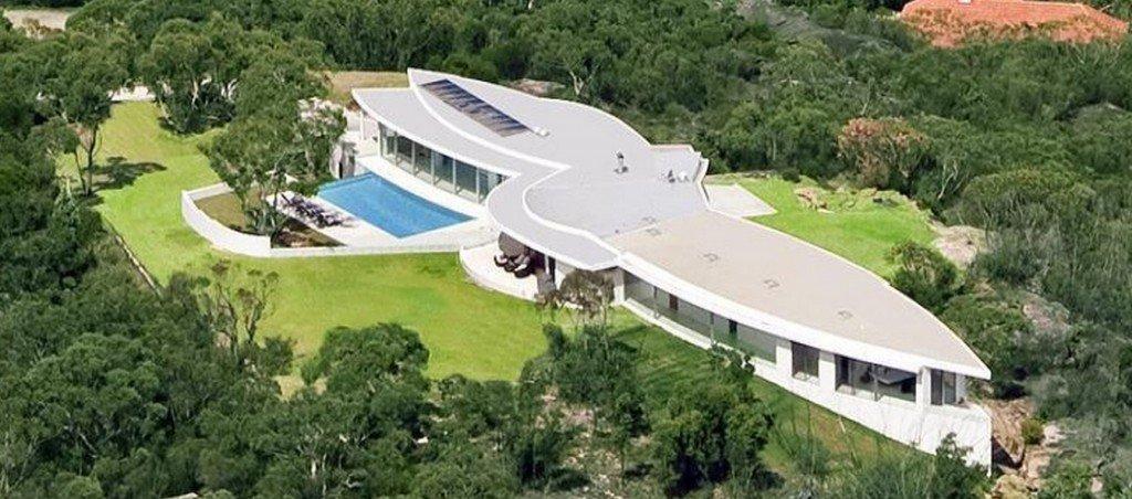 Star Trek Enterprise Home – house inspired by movie