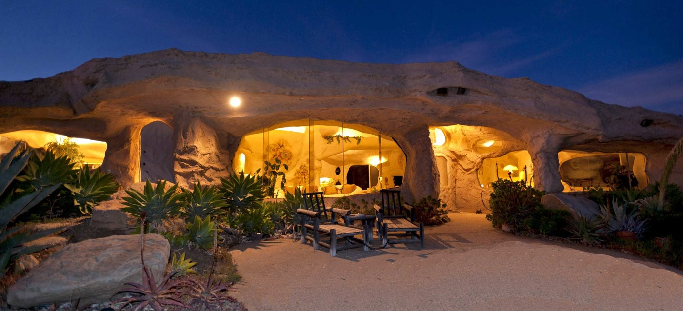 The Flintstones Home – house inspired by movie