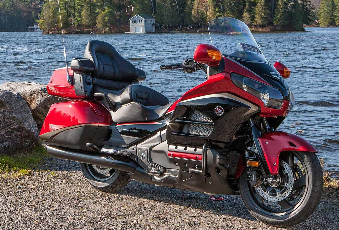 Honda Gold Wing GL1800 – touring motorcycle