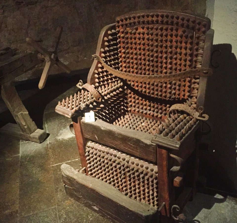Iron Chair medieval torture device 960x904 People Are Horrible: 26 Medieval Torture Devices That Suck
