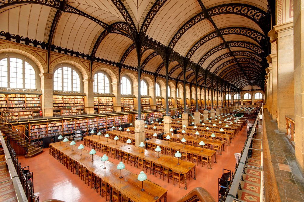 Sainte-Geneviève in Paris – beautiful library