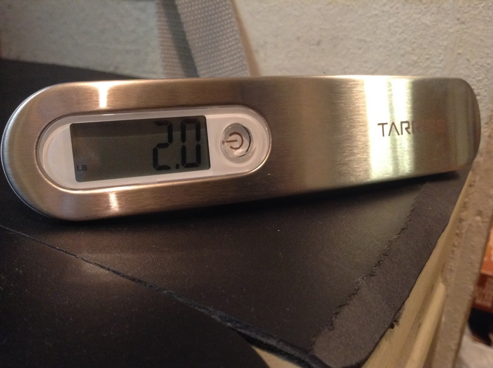 Tarriss Jetsetter Digital Luggage Scale – gift for traveler
