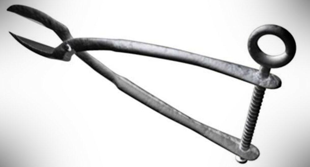 Tongue Tearer Medieval Torture Tool