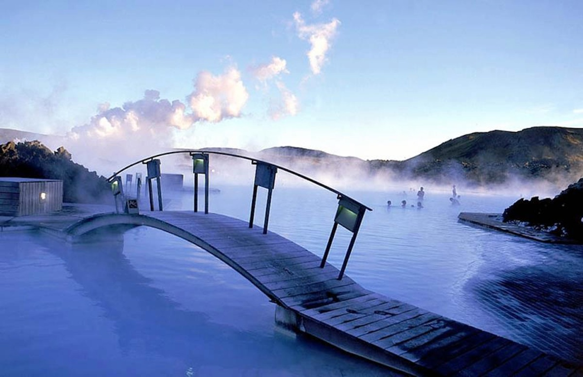 Tour Iceland's Hot Springs – honeymoon destination