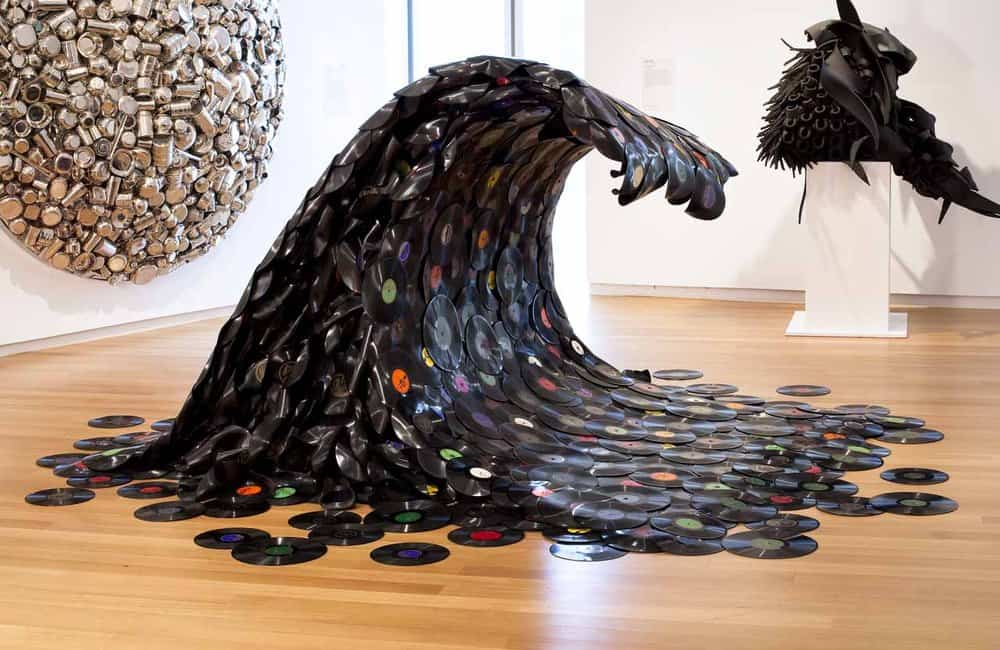 Jean Shin Sound Wave – junk art