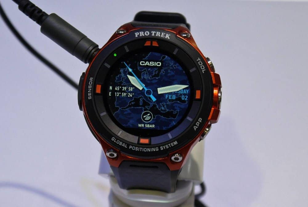 Casio WSD-F20 – smartwatch