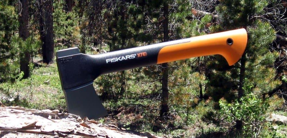 Fiskars X7 – survival essentials