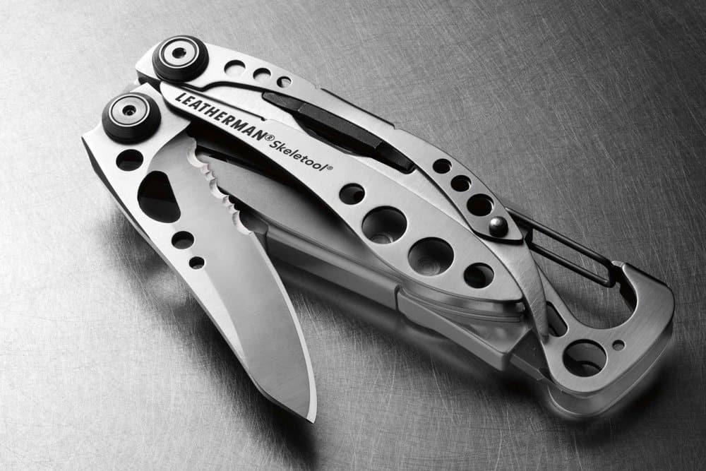 Leatherman 830850 Skeletool CX – survival essentials