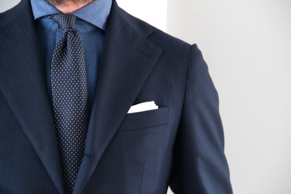 Shoulders – how to wear a suit