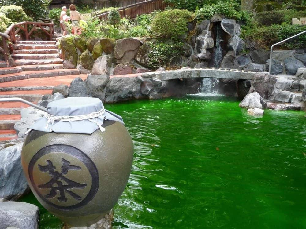 Yunessun Spa – weird resort