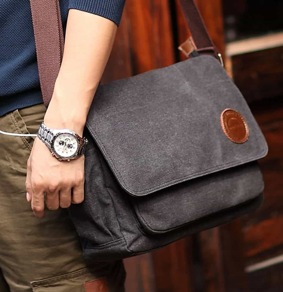 ibagbar Canvas Messenger Bag e1484025501104 960x990 11 Amazing Messenger Bags for the Mobile Toter