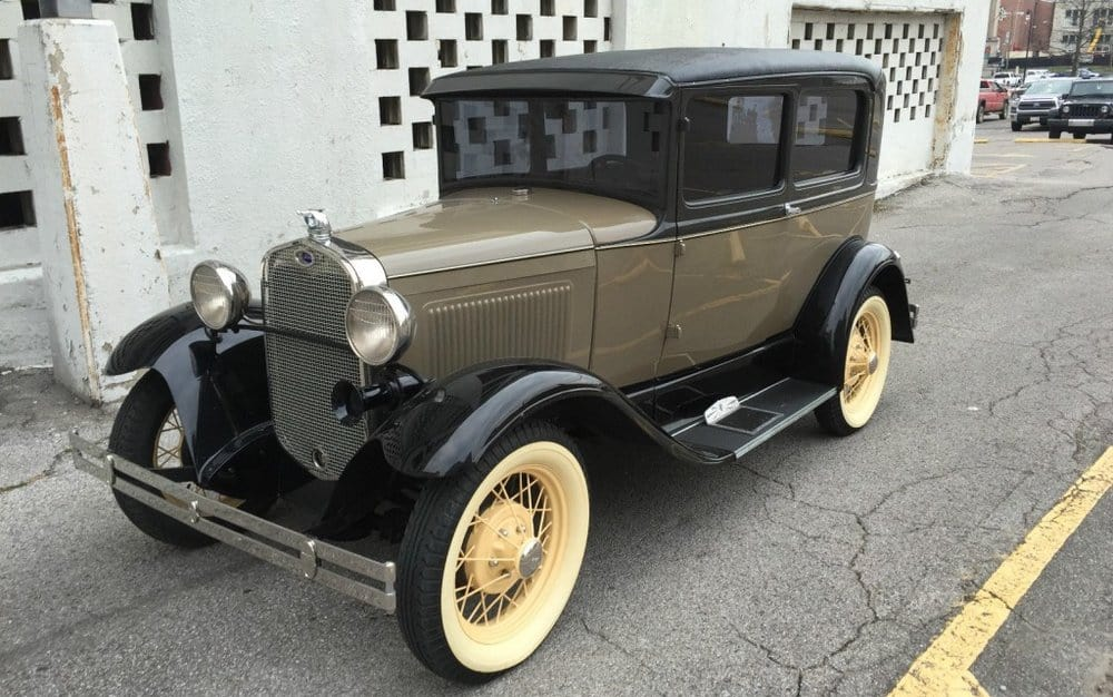 1930 Ford Model A Tudor – vintage car