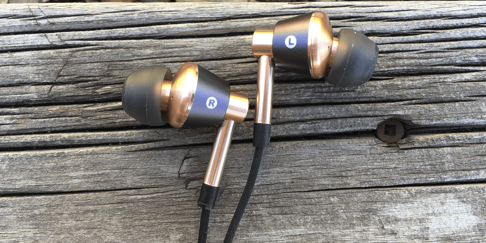 1MORE Triple Driver – cheap earbuds