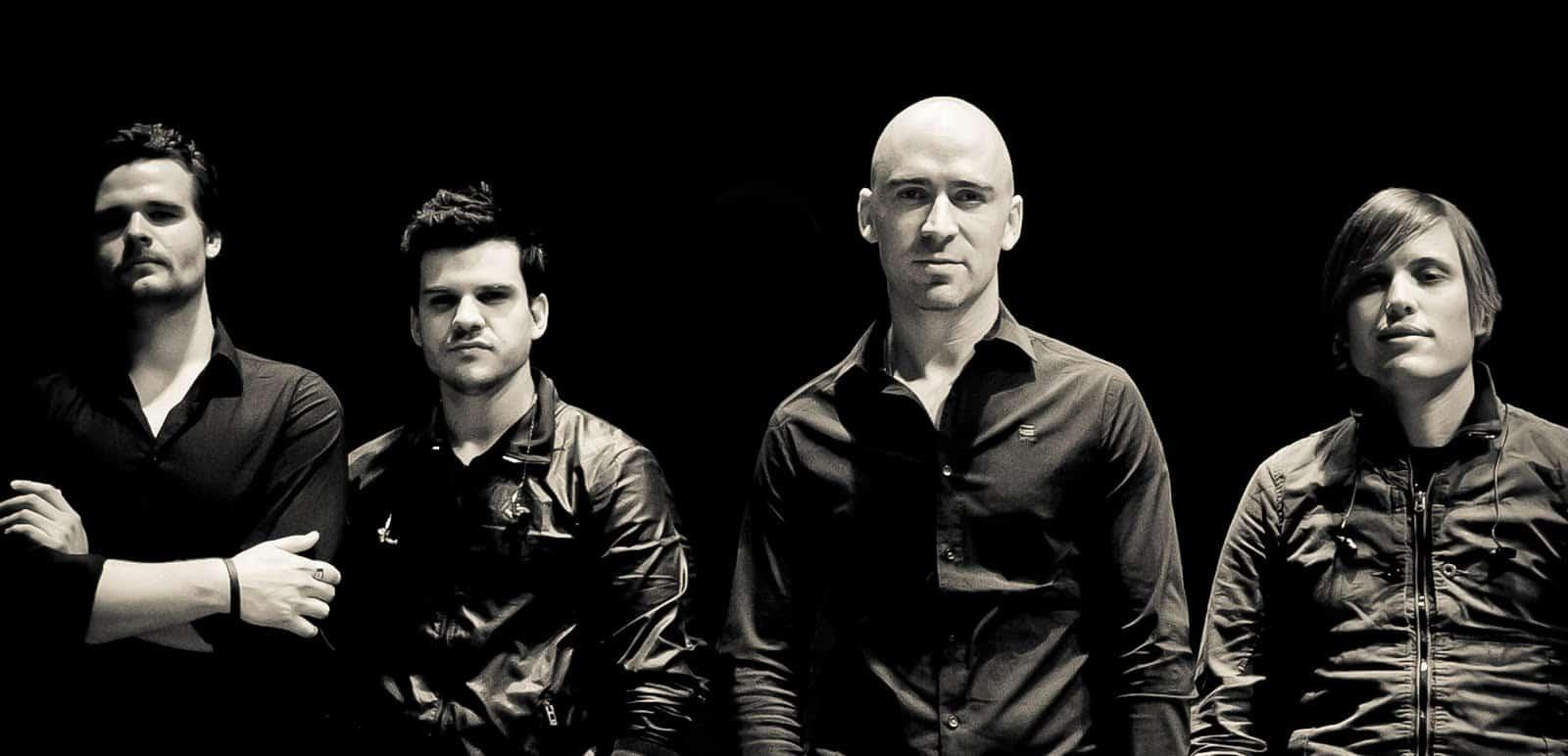 Live – 90's band
