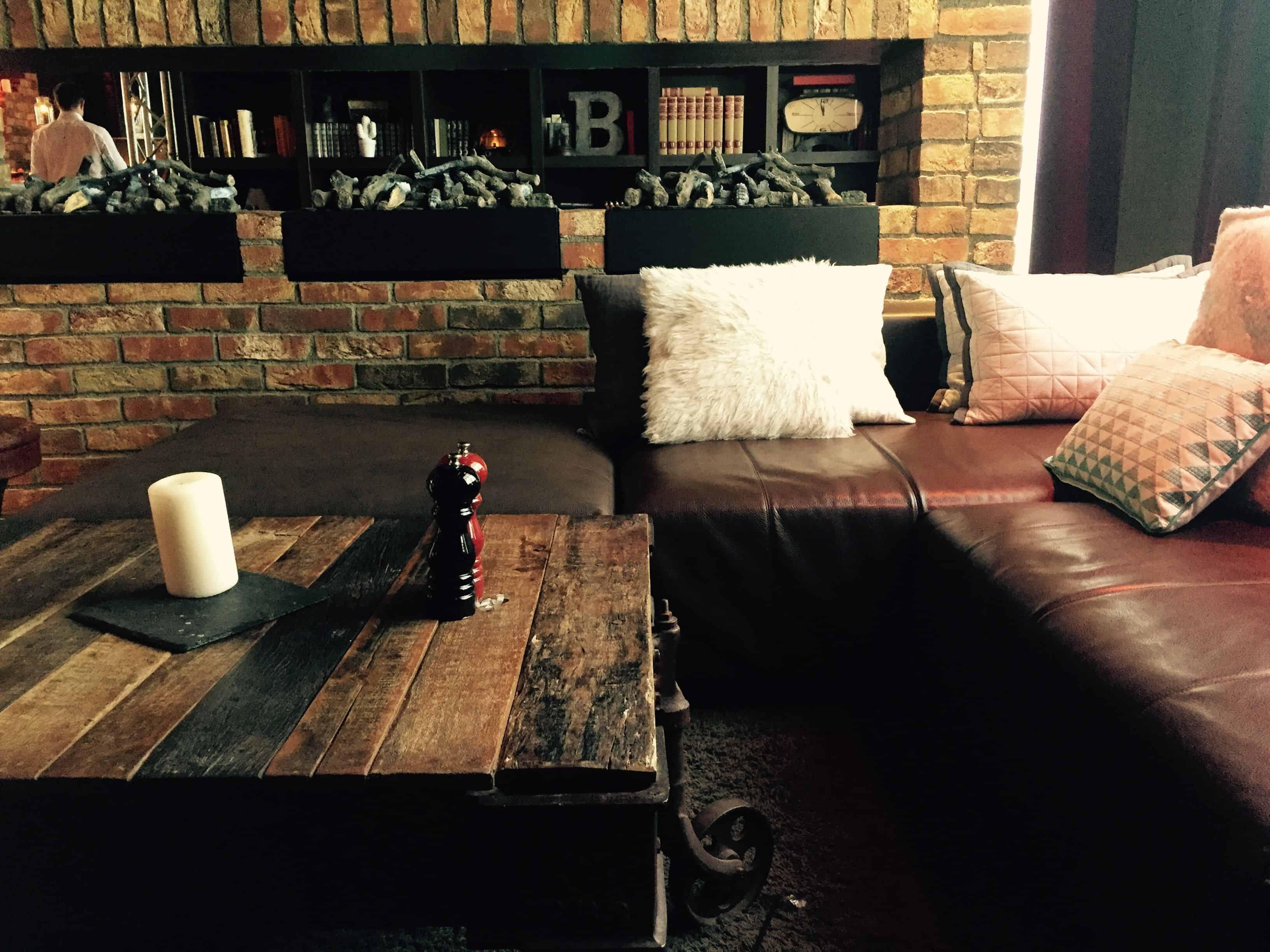 Lounge area – lobby – pentahotel paris