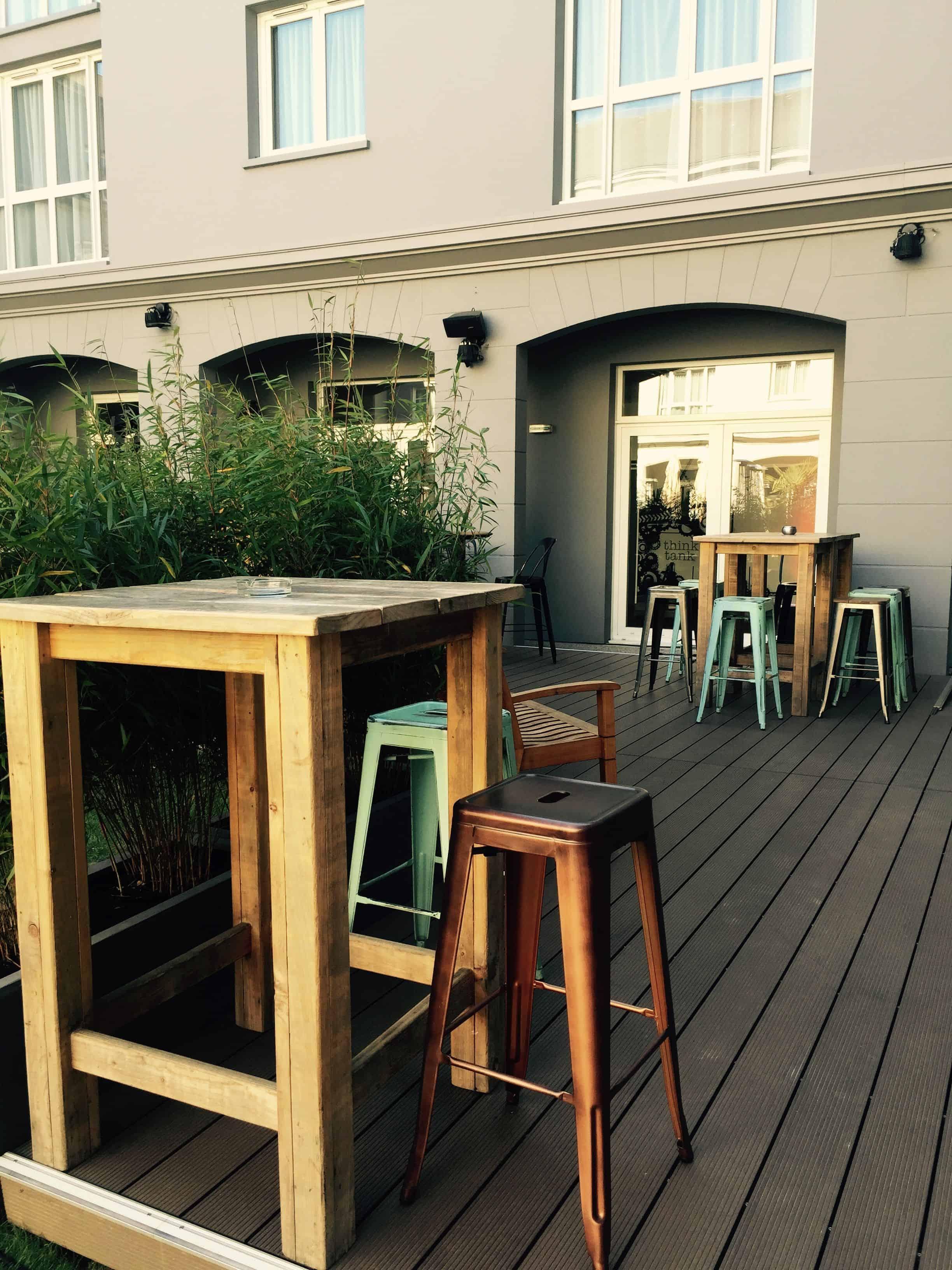Outdoor terrace furntiure – pentahotel paris