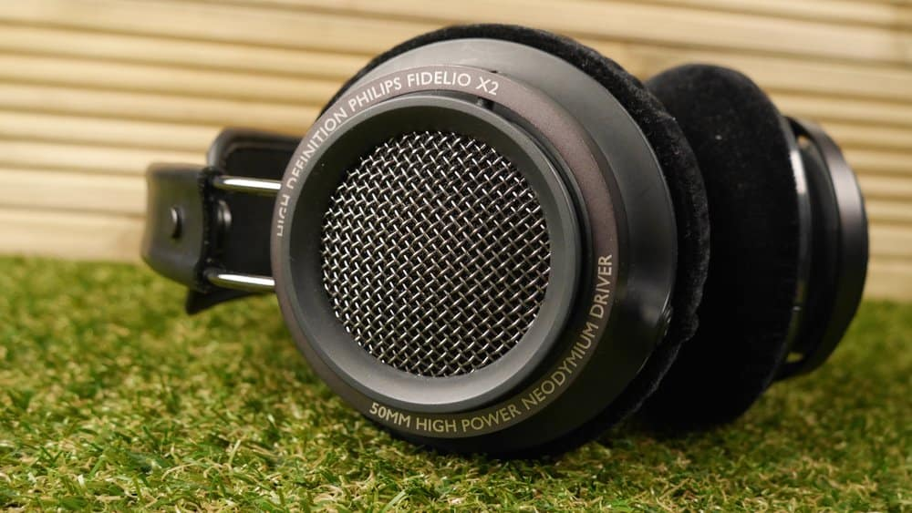 Philips Fidelio X2 – over ear headphones under 250