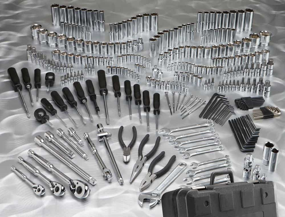 Pittsburgh 301 Mechanic Tool Set