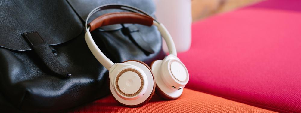 Plantronics BackBeat Sense – on-ear headphones