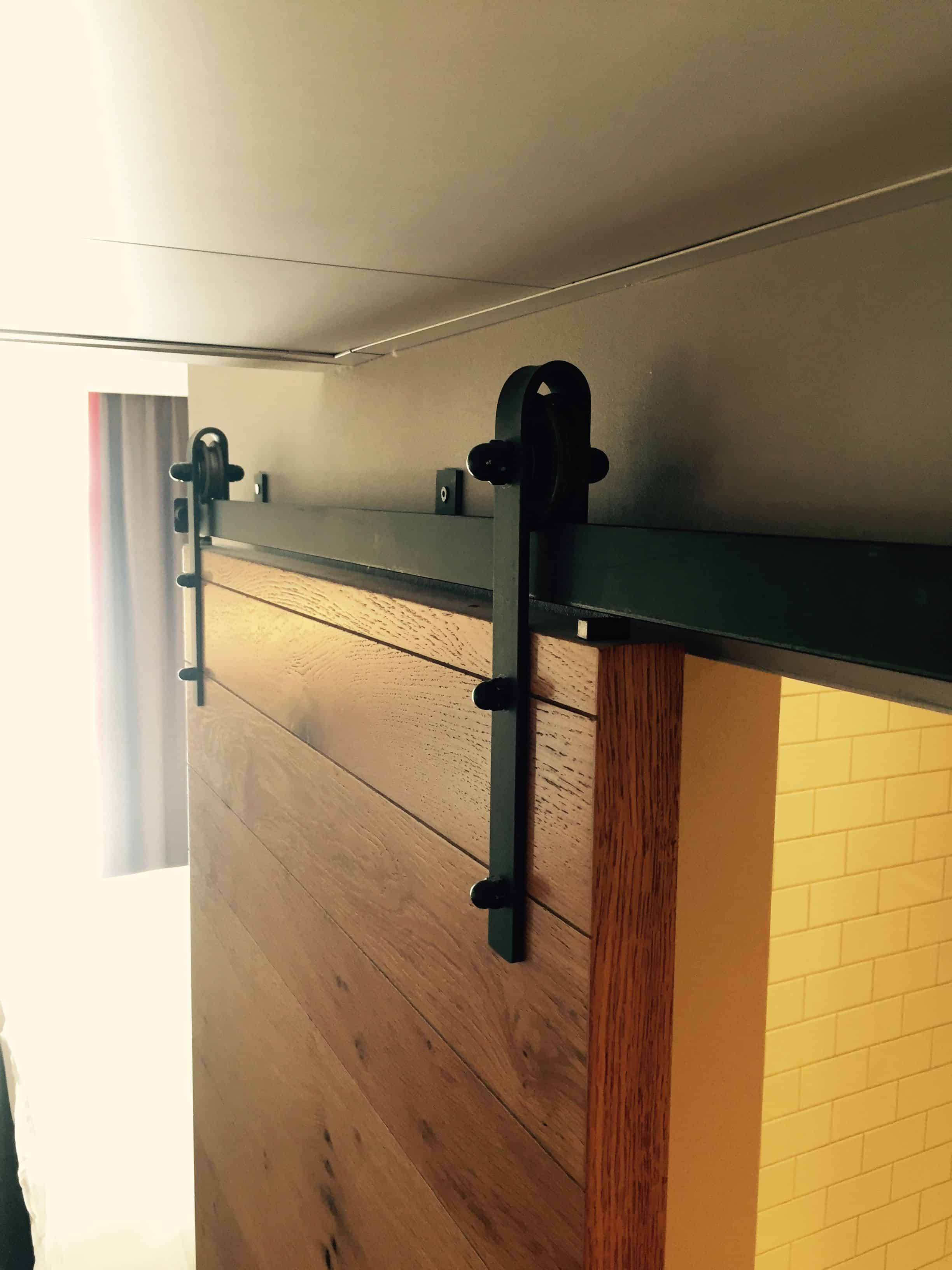 Sliding barn door for bathroom – pentahotel paris
