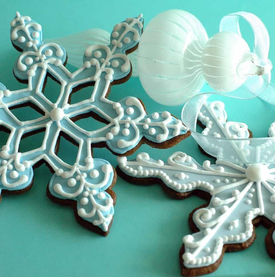 Snowflake Cookies Insane Baking Creations 960x968 Crazed Carbs: 12 Insane Baking Creations
