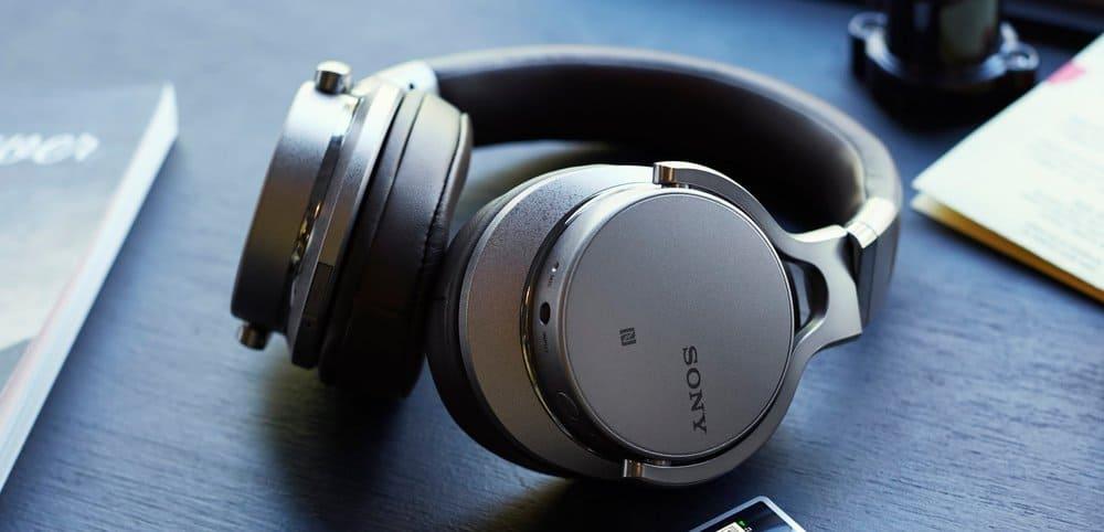 Sony MDRZX770BT – over ear headphones under 250