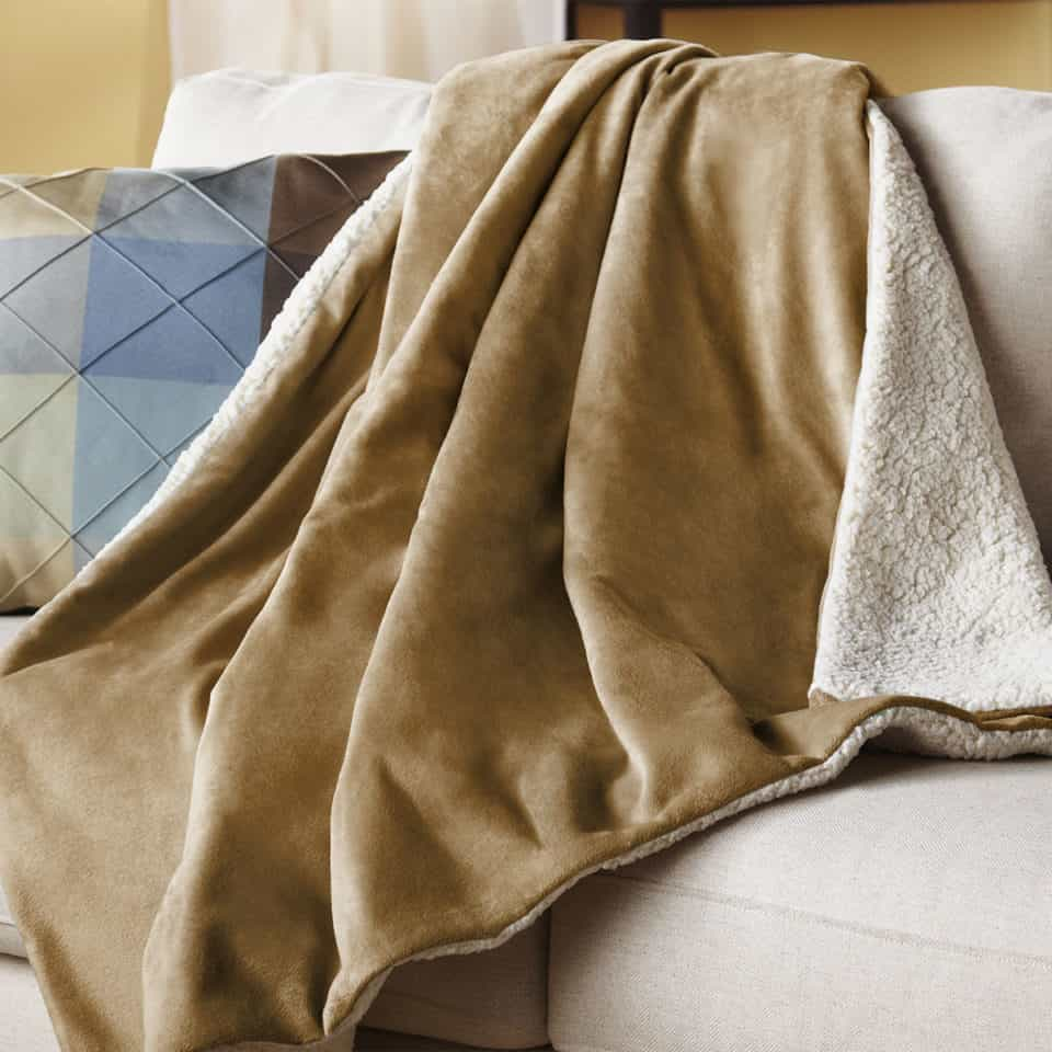 12 Best Electric Blankets To Ward Off Winter