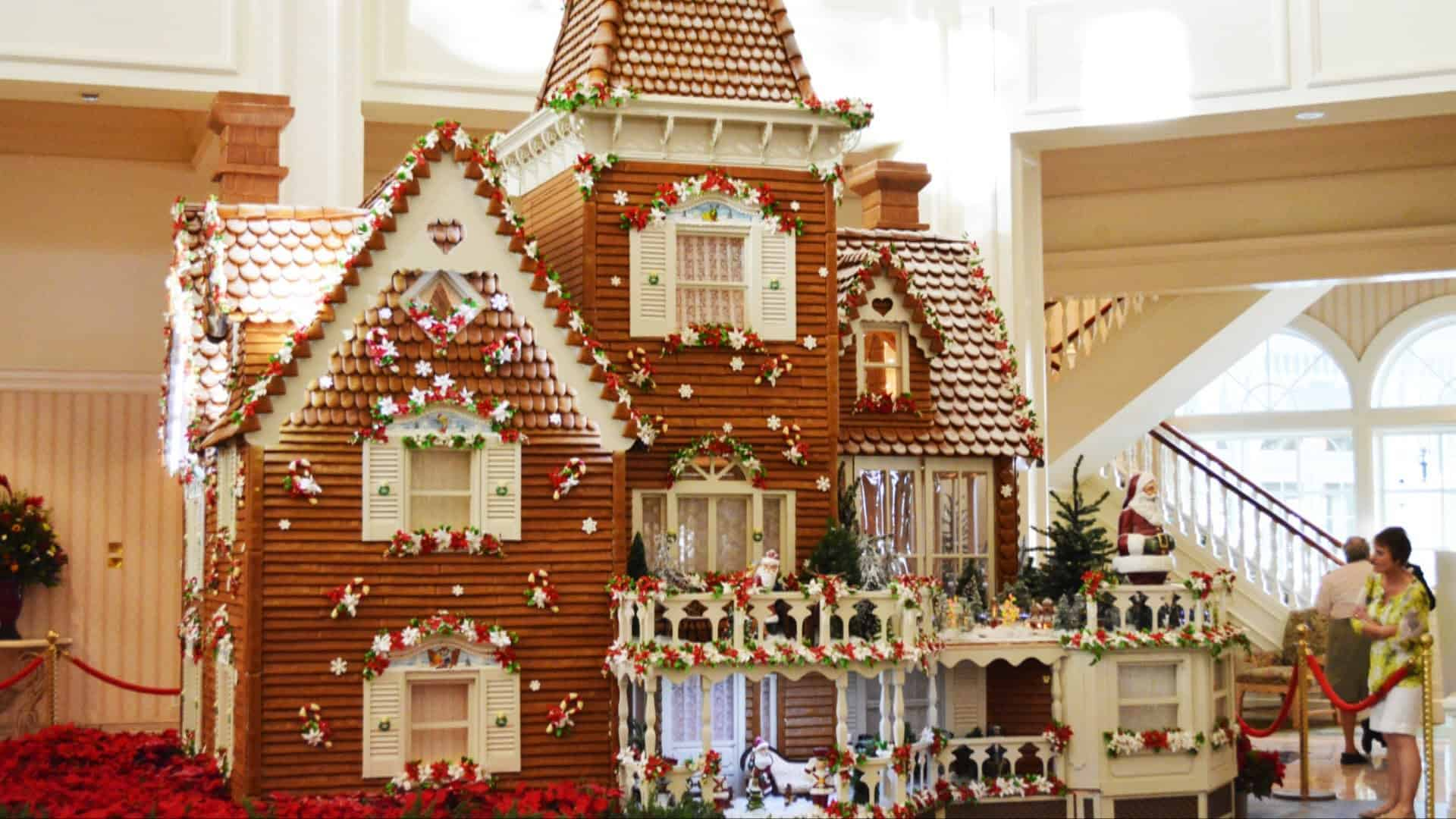 gingerbread house Insane Baking Creations