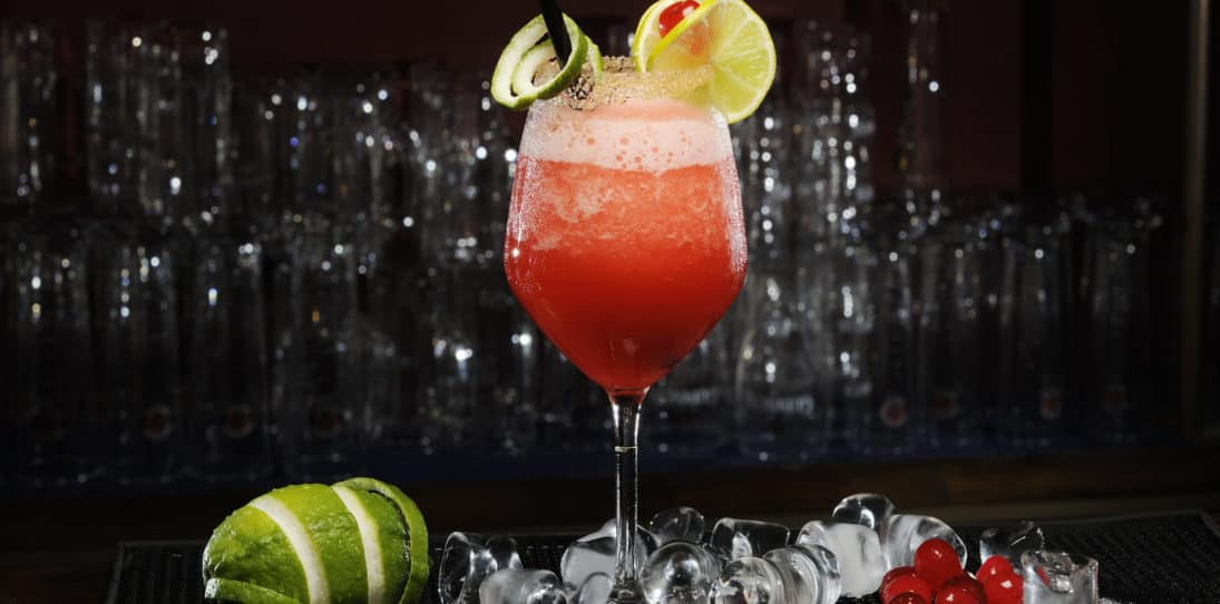"17 ""Girly"" Drinks That Every ""Man"" Should Try"