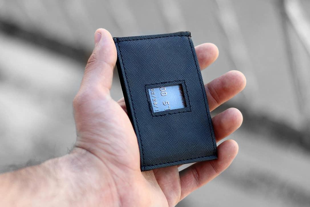 Dash 4 slim wallet
