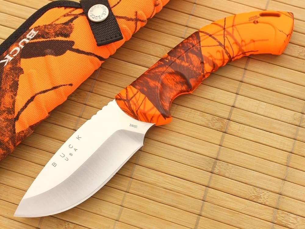 Drop Point – knife blade shape