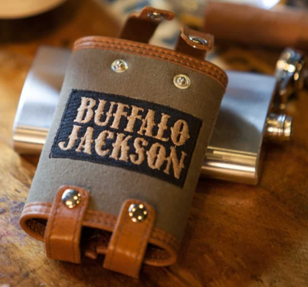 Elkton Waxed Canvas And Leather – flask