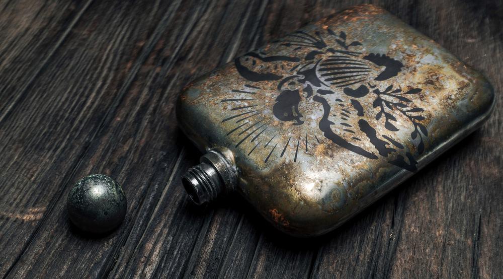 Sneerwell War Eagle Noble Flask