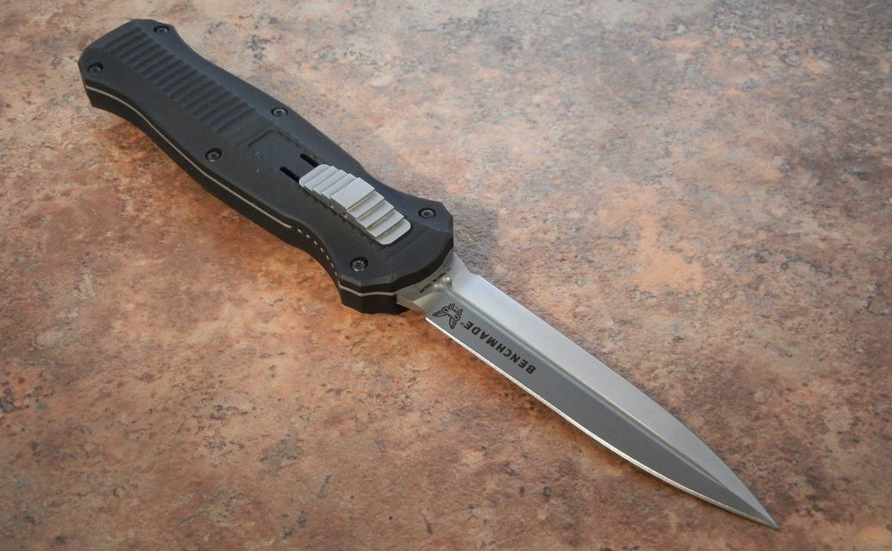 Spear – knife blade shape