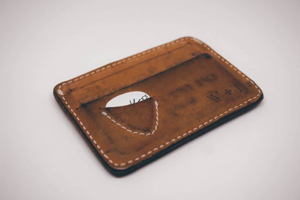Small Bills 26 Best Slim Wallets For Edc In Any Pocket