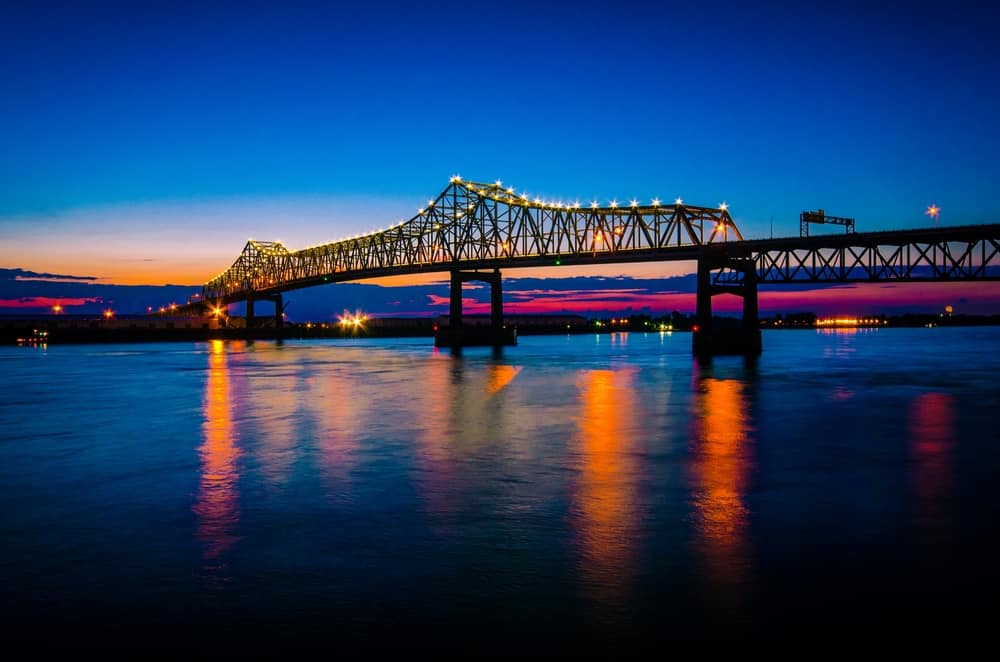 Views of the I-10 Mississippi River Bridge
