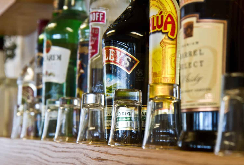 Alcohol – wedding etiquette