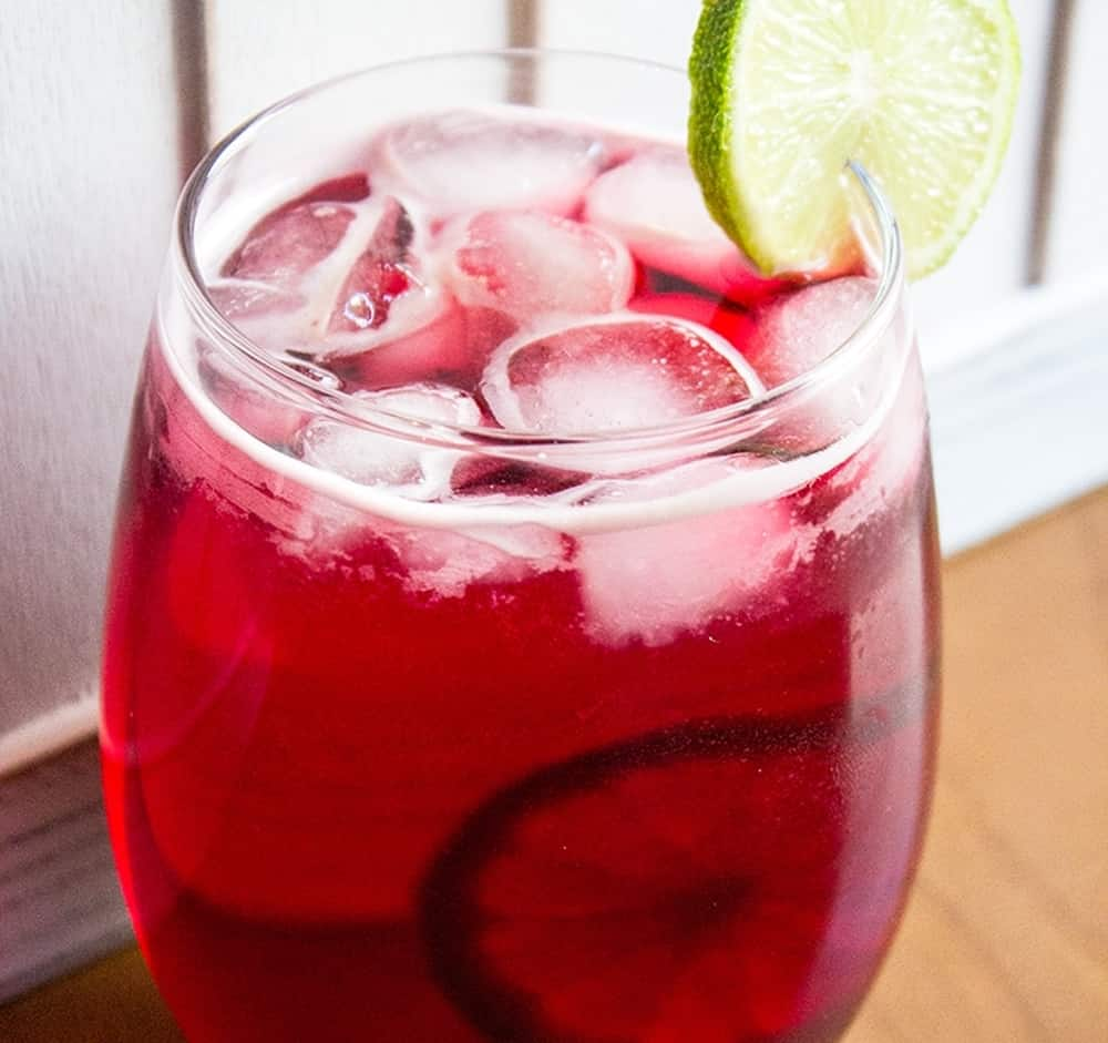 Cranberry Zombie – rum cocktail