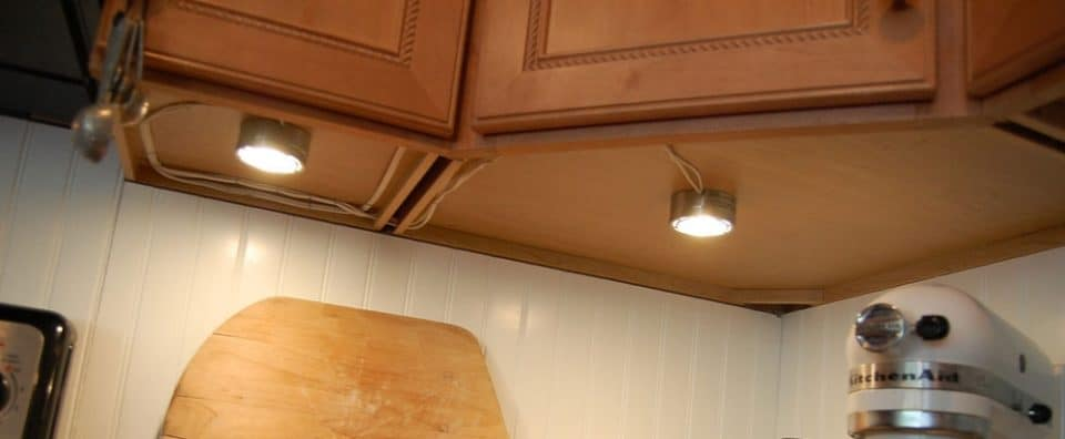 View in gallery ... : under cabinet lighting replacement cover - Cheerinfomania.Com