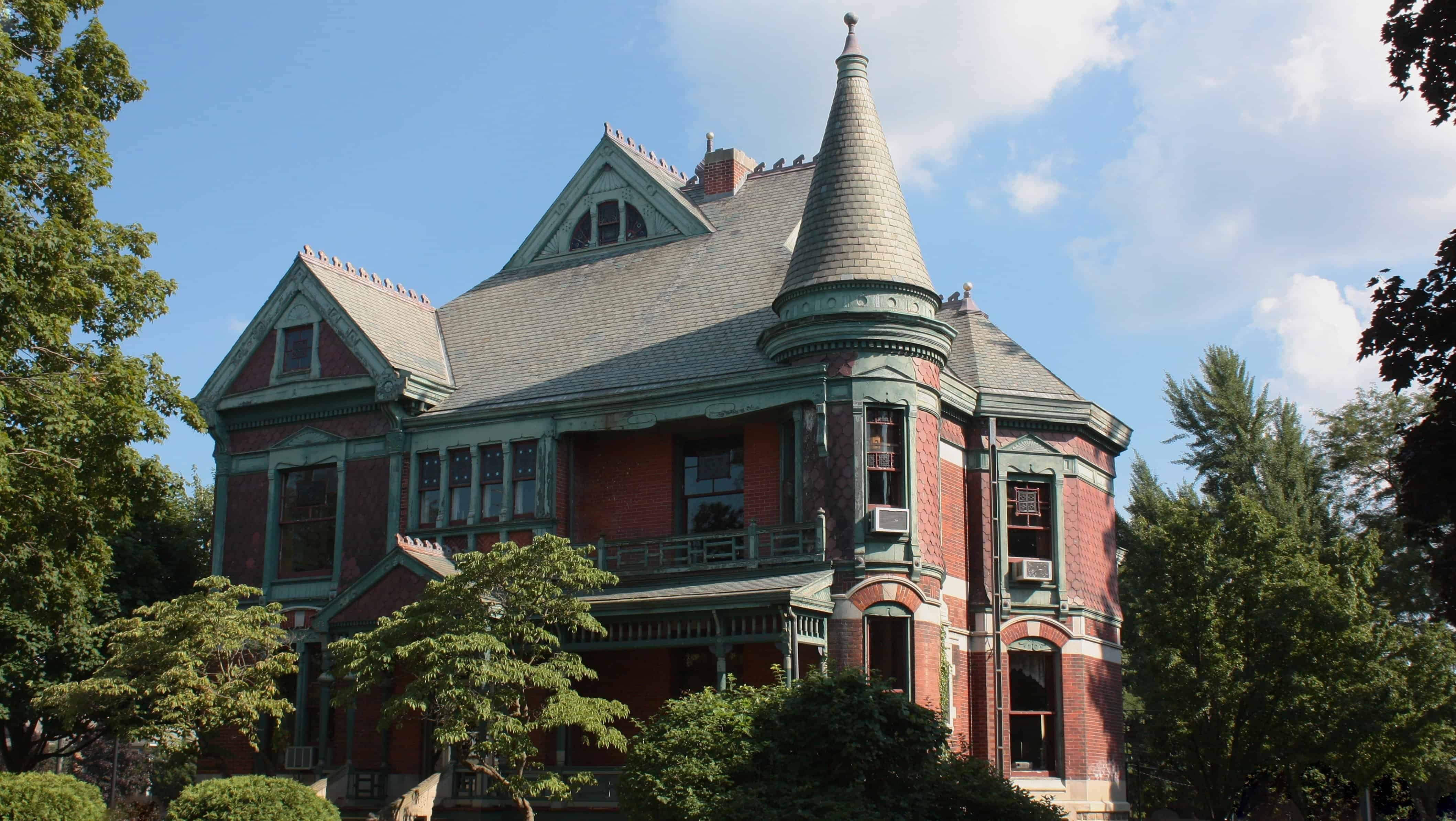 Henry A. Chapin House – gothic architecture