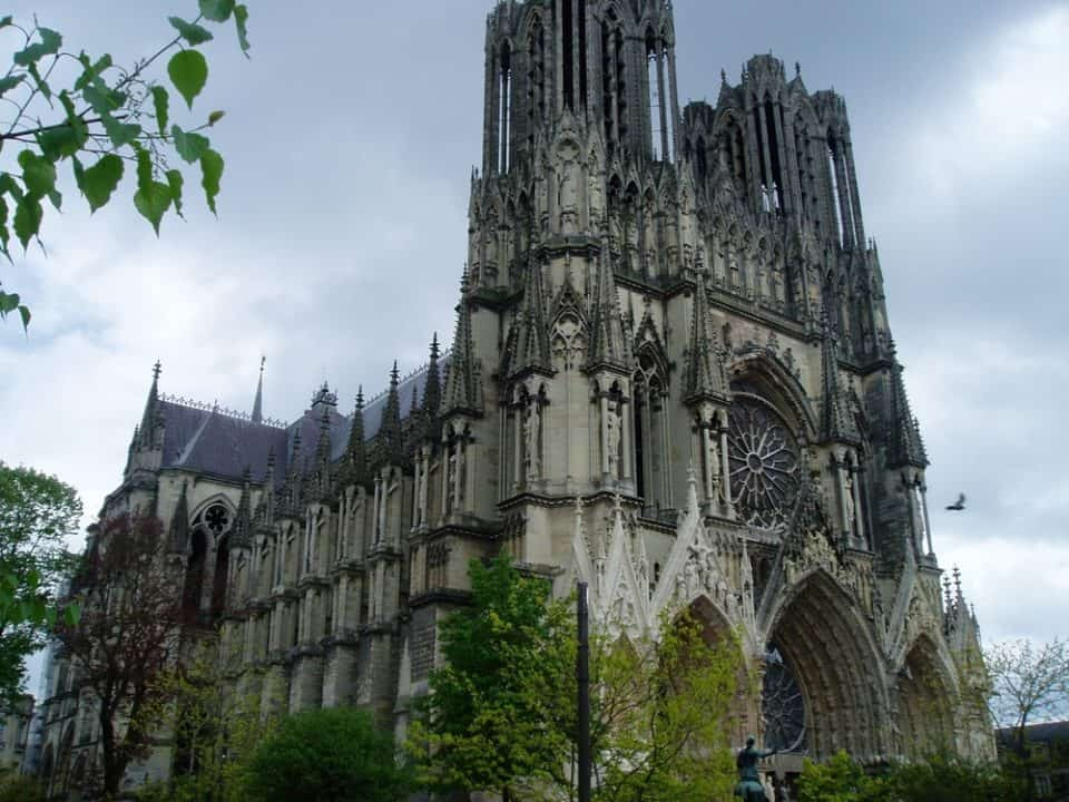 Notre Dame de Reims gothic architecture 960x720 Soaring Spires: 12 Exceptional Examples of Gothic Architecture