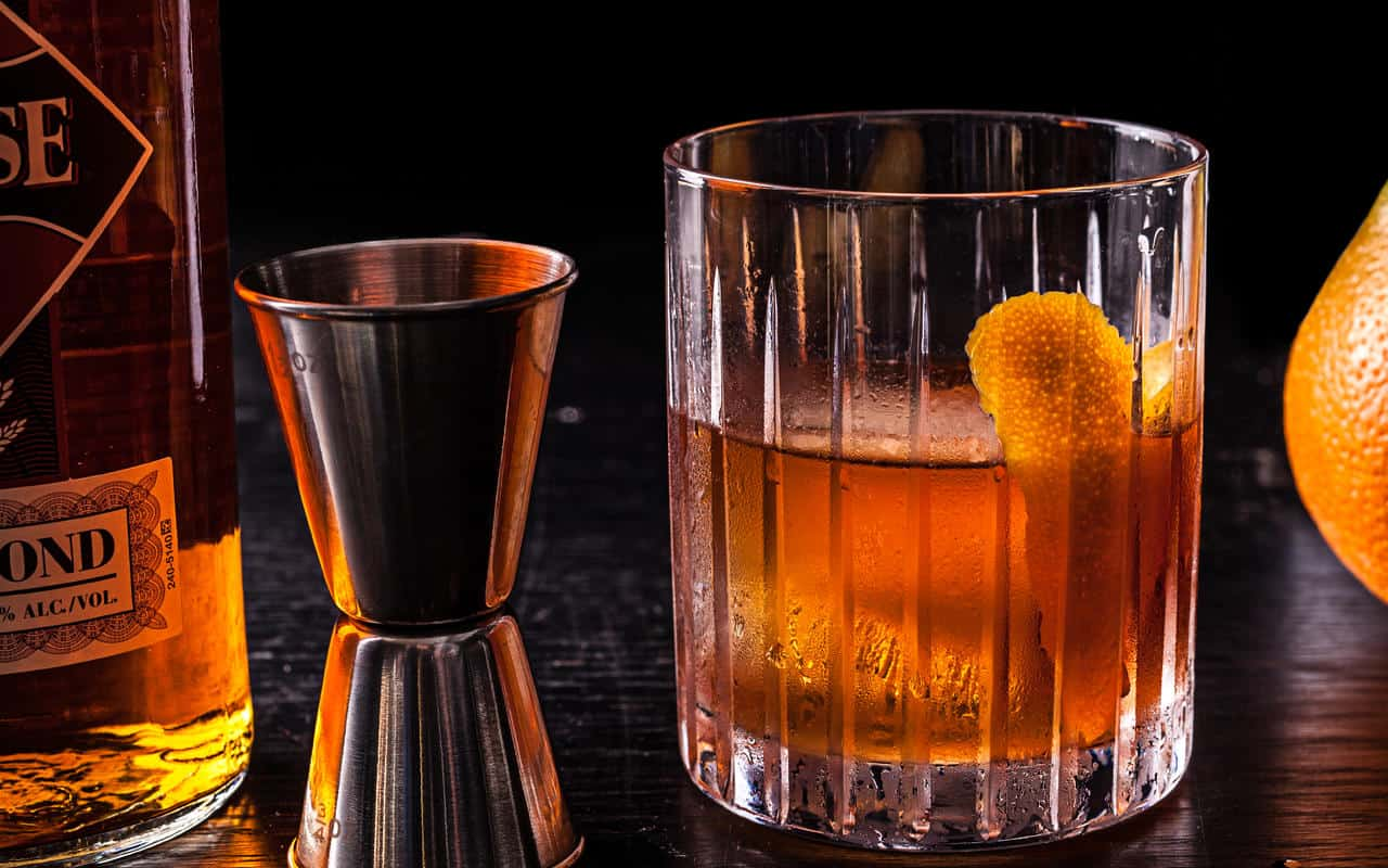Old Fashioned – whiskey drinks