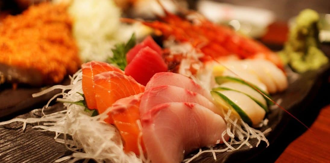 The 10 Steps To Ordering and Eating Sushi Properly